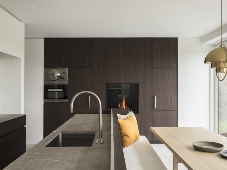 Avenue_Closed_Gas_fireplace_custom made_Gashaard
