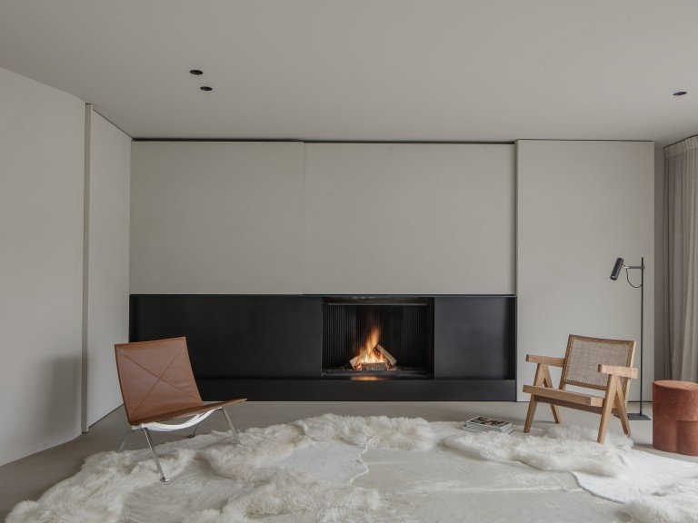 Metalfire Ultime D closed wood fireplace with liftable door_ gesloten houthaard