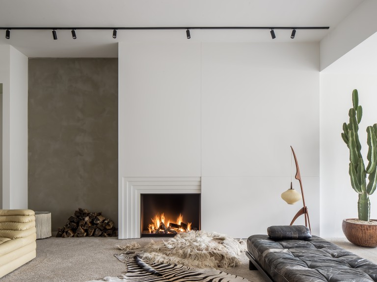 Urban Gas Open Fireplace by Metalfire